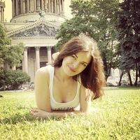 Анна Шестакова