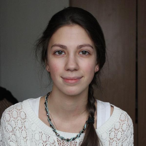 Анна Покаместова