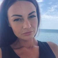 Анна Лопанова